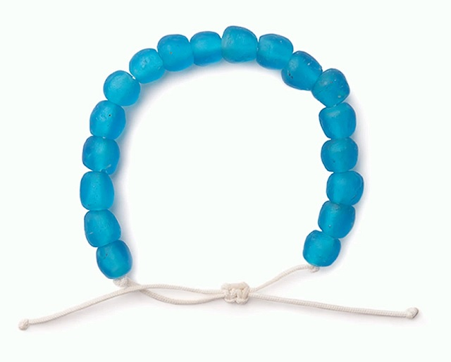 Ocean cleanup bracelet by Beads the Change - Blue