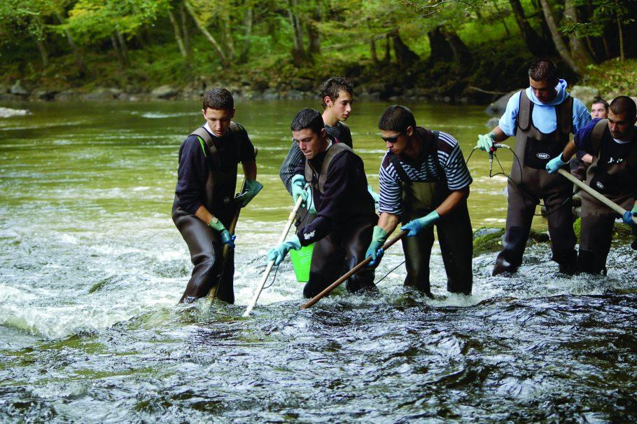 Bac GMNF_lycee henri queuille de neuvic option faune aquatique