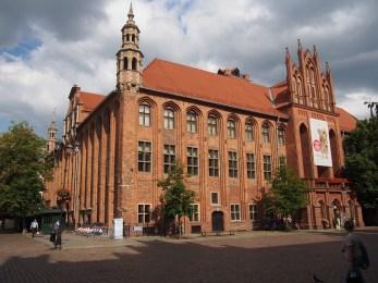 Brick-red medieval Torun city centre