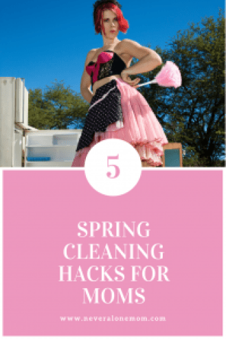 The 5 best cleaning hacks for moms!   neveralonemom.com