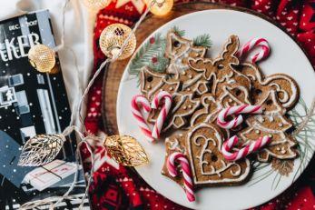 Christmas cookies   neveralonemom.com