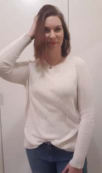 Thrifting finds! White sweater |neveralonemom.com