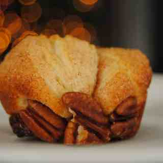 Mini Monkey Bread | NeverAnyThyme.com