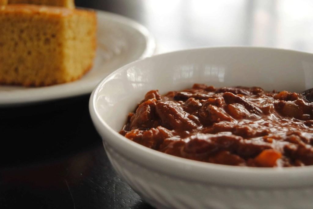 Heartwarming Cocoa Chili and Cornbread