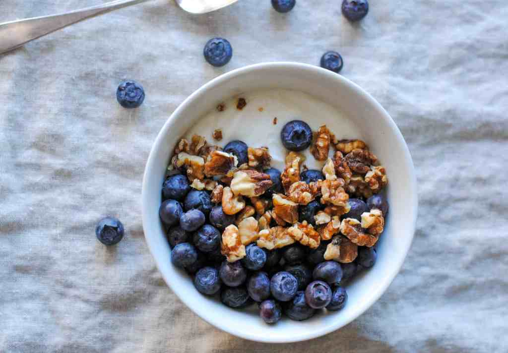 blueberries and walnuts with yogurt