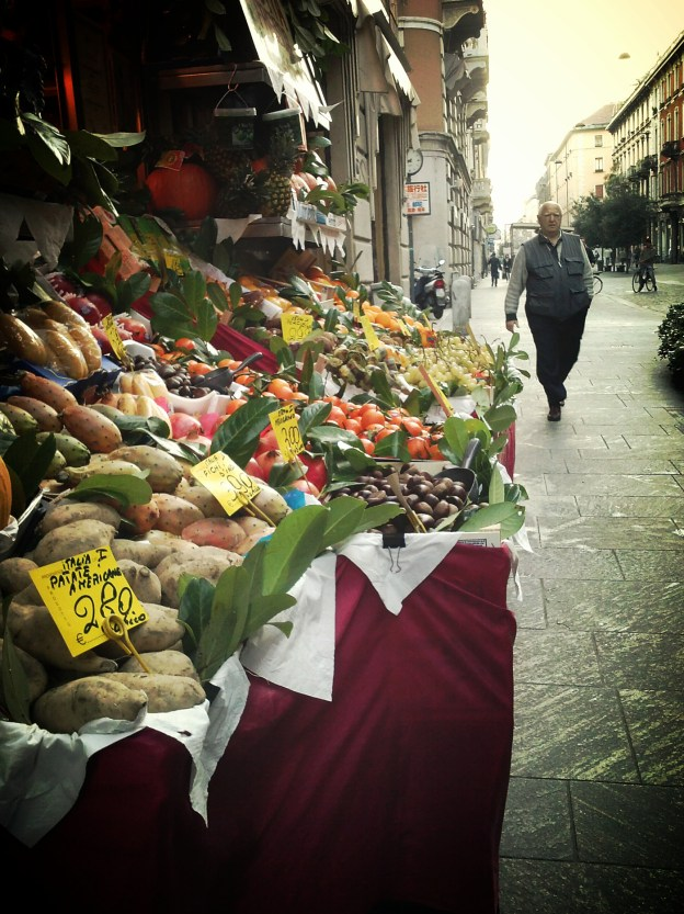 Fruits and vegetables in Via Paolo Sarpi