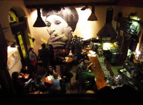 Kiado Kocsma bar