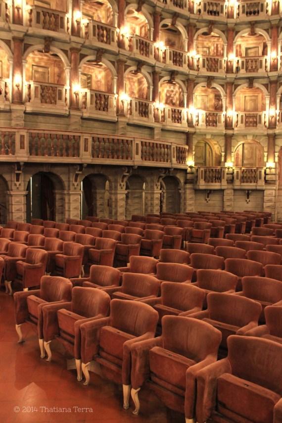 Teatro Bibiena 4 (Mantova, Italy) - 2014 © Thatiana Terra