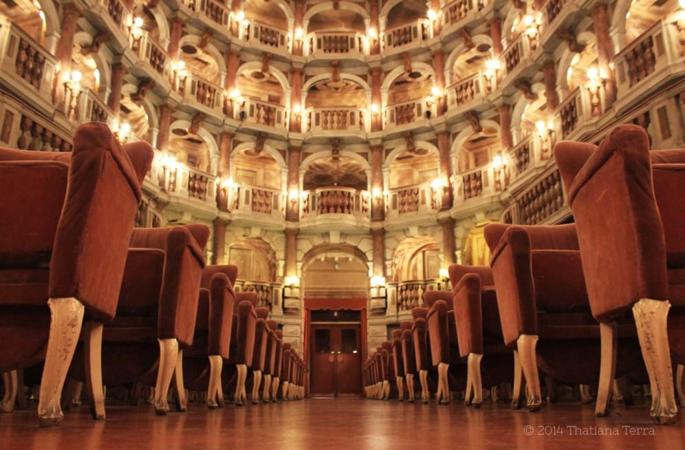 Teatro Bibiena 6 (Mantova, Italy) - 2014 © Thatiana Terra
