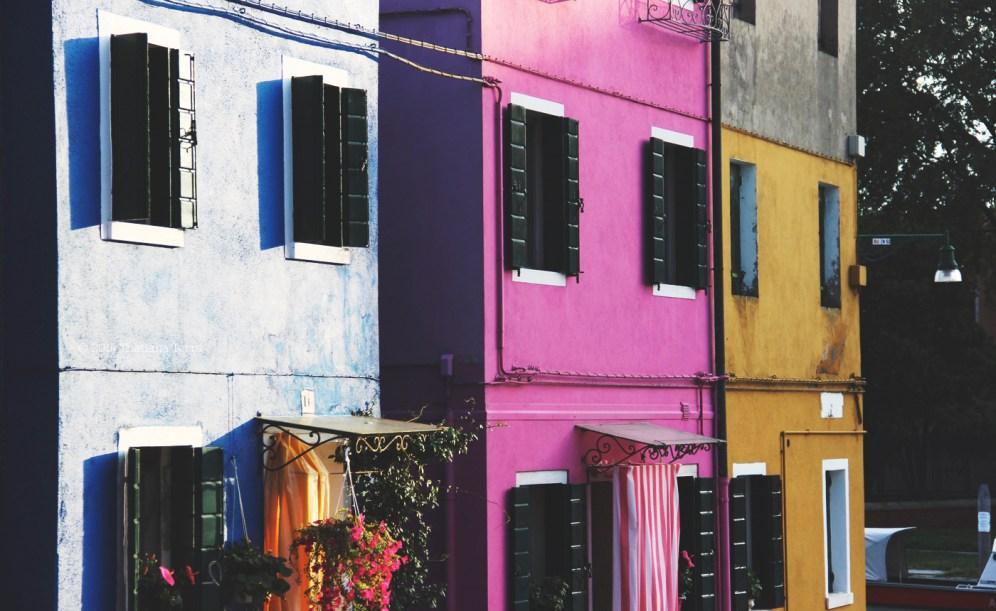 Burano: Blues, yellows and pinks (9)