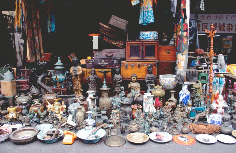 China: The Dongtai Lu antique market, Shanghai (10)