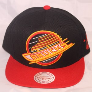Mitchell and Ness NHL Vancouver Canucks XL Logo Snapback Cap