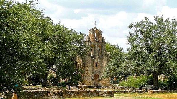 San-Antonio, Texas Travel Guide from NeverEndingJourneys.com