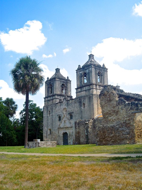 San Antonio Travel Guide from NeverEndingJourneys.com