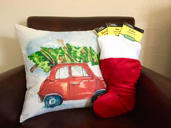 travel-themed-stocking-stuffers-from-neverendingjourneys-com