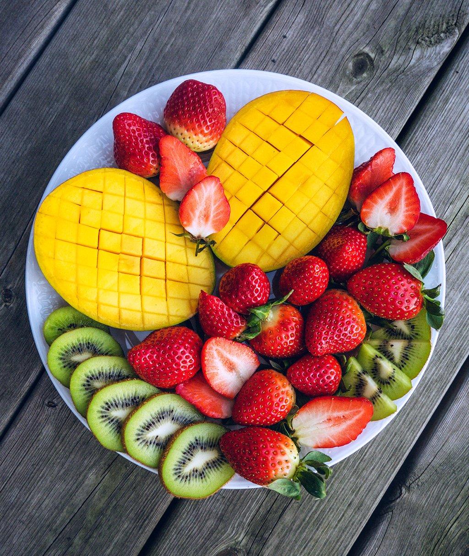 Mango & Strawberry Fruit Platter