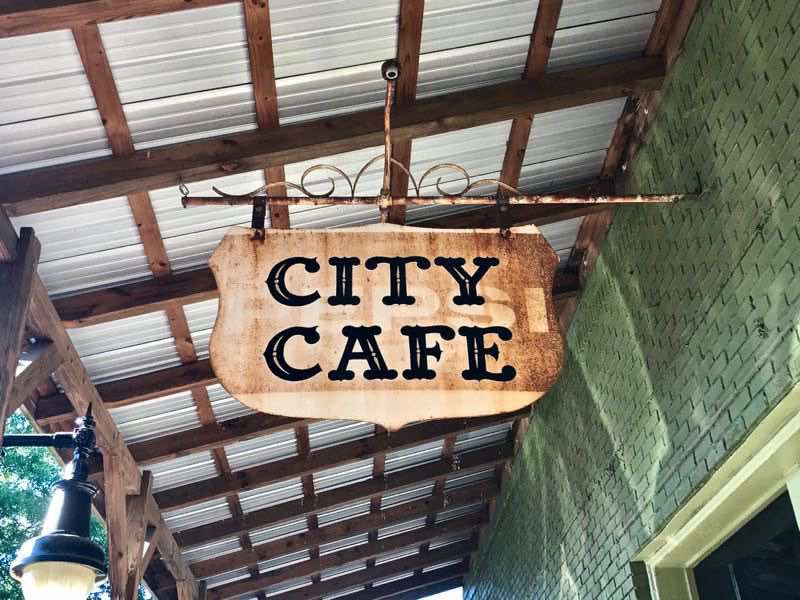 City Cafe Northpoint Alabama | nevertooldtotravel.com | Gary House