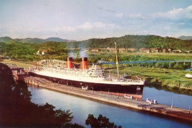 RMS Mauretania postcard