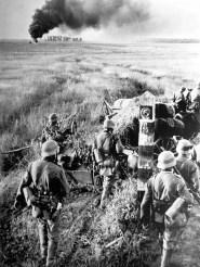 German troops invade Russia