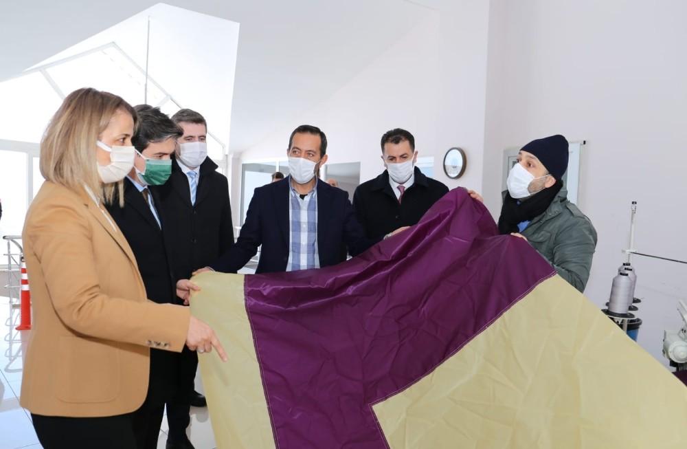 Vali Becel, Türkiye'nin ilk yerli balon üretim firmasını ziyaret etti