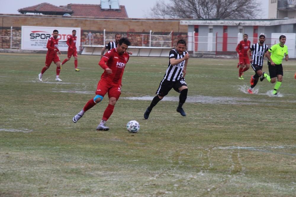 Nevşehir Belediyespor 2021 yılının ilk galibiyetini aldı