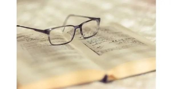 draw glasses