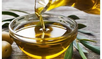 """دراسة: إضافة زيت الزيتون للنظام الغذائي يحمي من الإصابة بـ""""الخرف"""""""