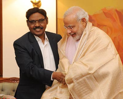 Modi with Tamil Nadu private education baron Pachamuthu
