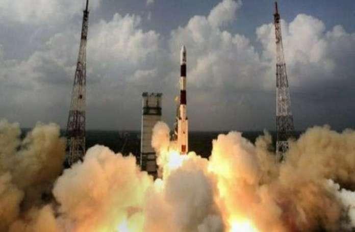 जानवर नहीं, अंतरिक्ष में सीधे मानव को ही भेजेगा भारत