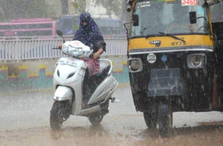 Pre Monsoon 2019 Update In India - MP में रेड अलर्ट हर रोज हो रहे जारी,  जानिये किस दिन से शुरू होगी बारिश! | Patrika News