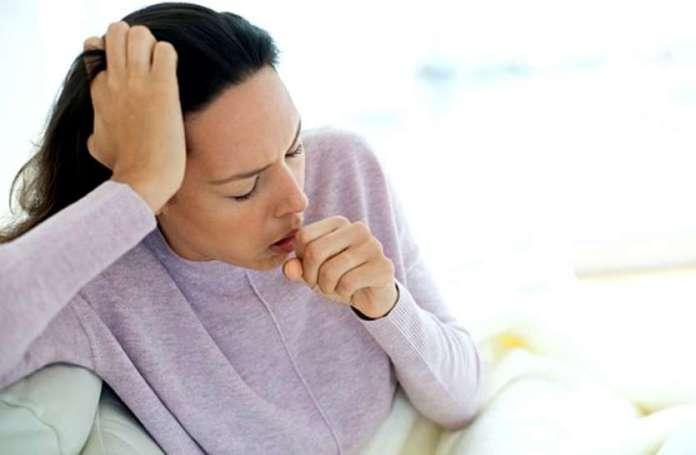 HOMEOPATHY : खांसी-कफ के लक्षण देखकर देते निमोनिया की दवा