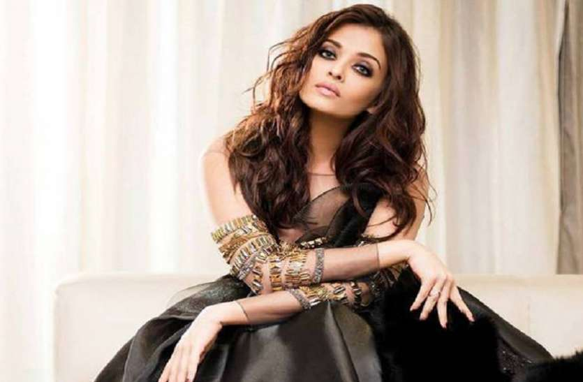 Aishwarya Rai Bachchan Follows Only One Celebrity
