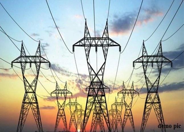 Troubled By Power Cuts - बिजली कटौती ने किया हलाकान | Patrika News