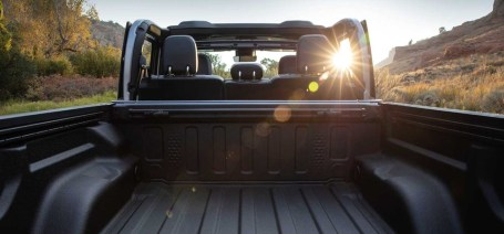 2021 Jeep Gladiator View From the back