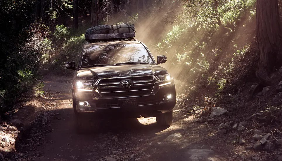 2021 Toyota Land Cruiser official preview