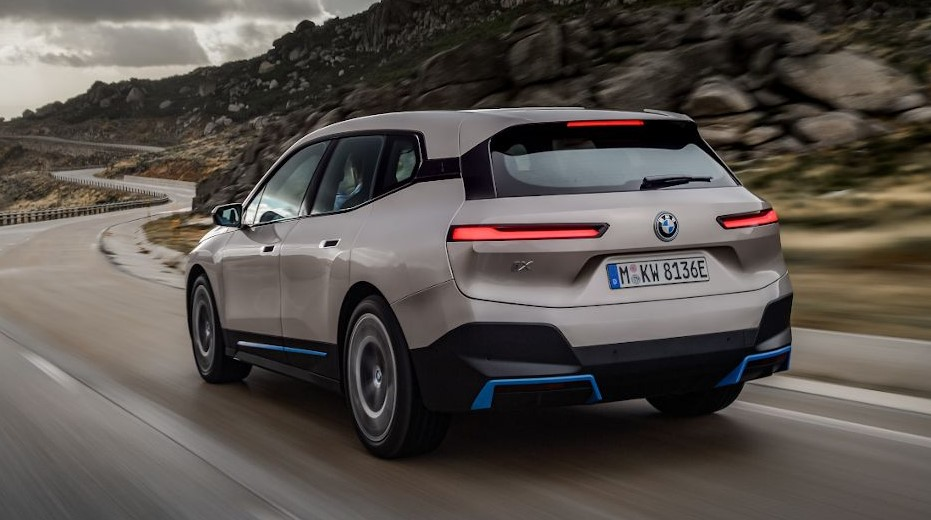 2022 BMW iX Electric SUV come out with 500 horse power