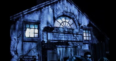 Halloween Horror Nights 2006 asylum maze