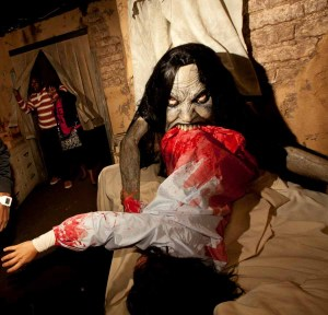 Halloween Horror Nights 2011 Review