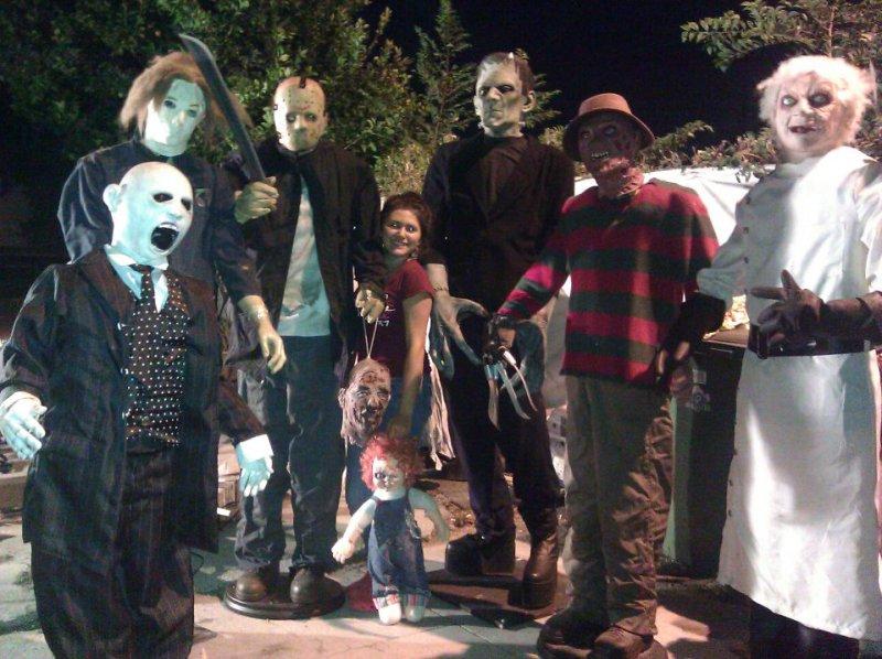 Western House of Darkness Halloween Yard Haunt