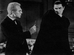 Van Helson (Edward Van Sloan) confronts Dracula (Lugosi)