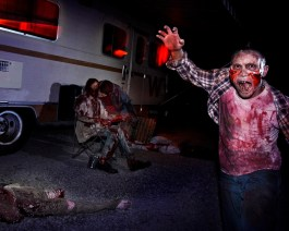 The Walking Dead infest the back lot at Halloween Horror Nights 2012
