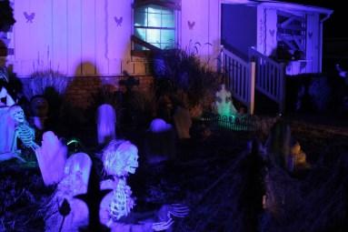 Van Oaks Cemetery yard haunt