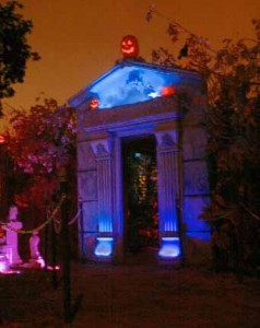 Hollywood Haunter 2012 tomb entrance