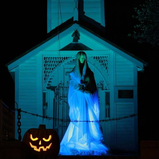 Heritage Haunt Ghost in front of chuch