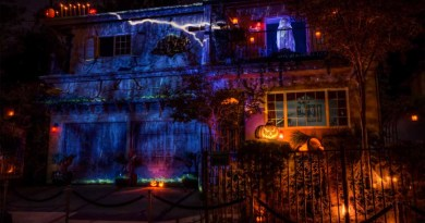 House at Haunted Hill 2013 long shot