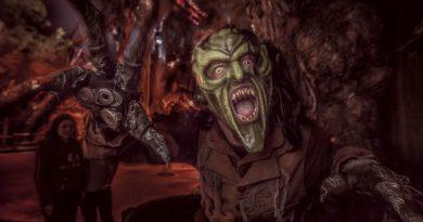 The Green Goblin at Knotts Scary Farm.