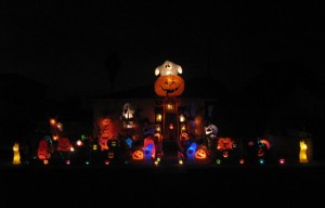 Matney Manor Ghosts Spirts Pumpkins