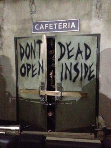 hhn-2016-walking-dead-door
