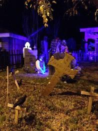 coffinwood-cemetery-2016-yard-with-crosses-2