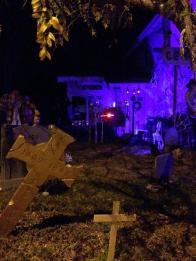 coffinwood-cemetery-2016-yard-with-crosses